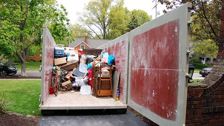 garage-junk-removal-dumpster