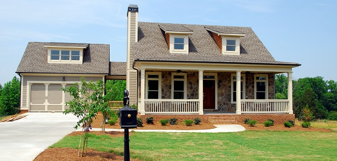 Top 5 exterior home remodel projects for roi for Redesign my house exterior