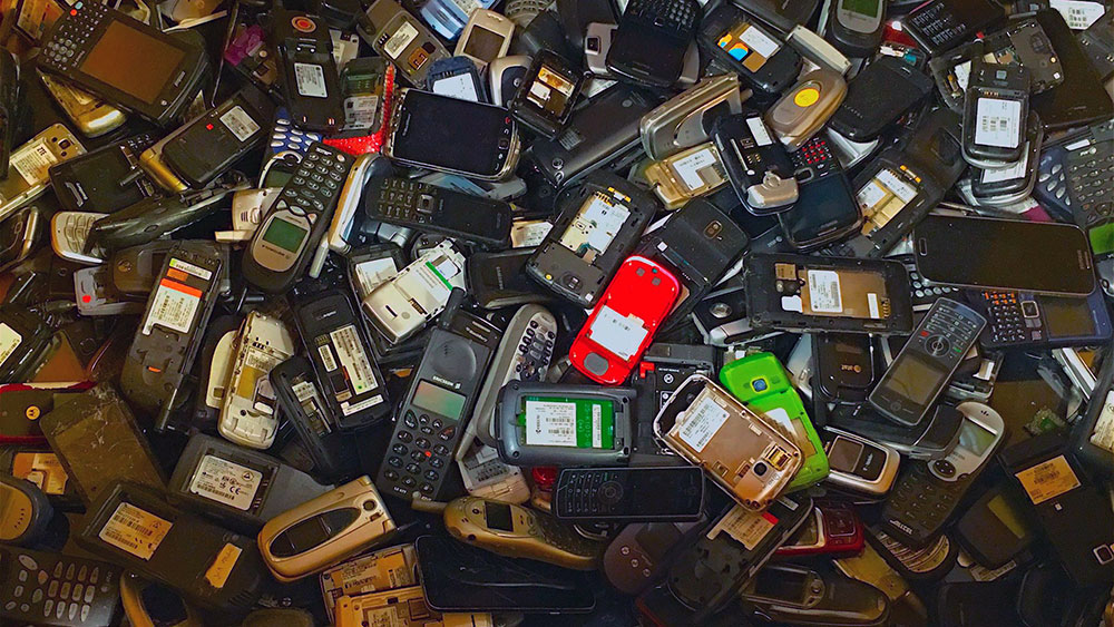 e-waste-cellphones