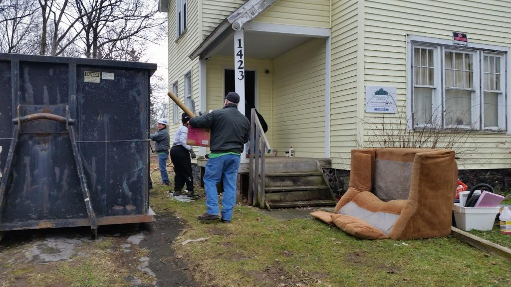 Syracuse Habitat volunteers at work.