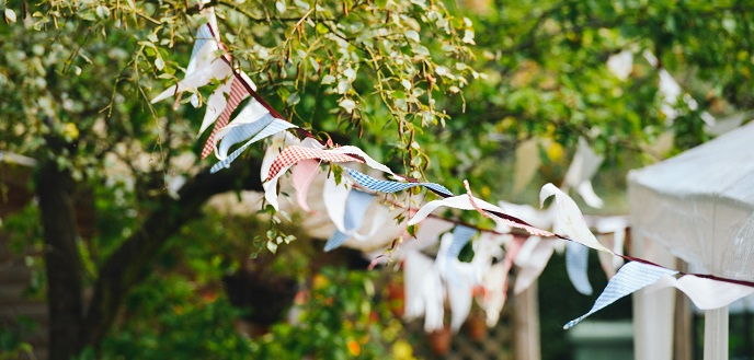 5 Easy Tips for Planning Your Next Eco-Friendly Summer Party