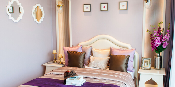Bedroom With Lilac Walls