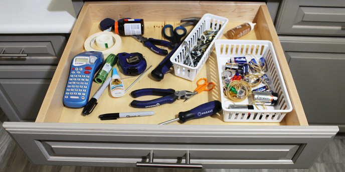 Tips for Organizing Junk Drawers